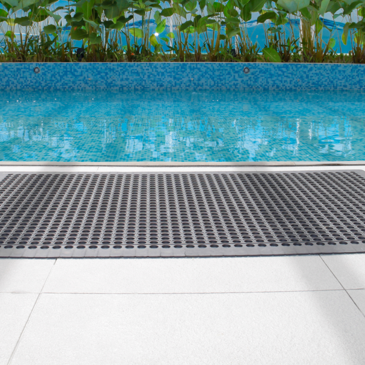 3 Reasons Every Business Needs Commercial Floor Mats ...